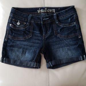 Juniors stretch denim shorts